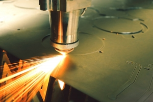 jual mesin laser cutting di surabaya